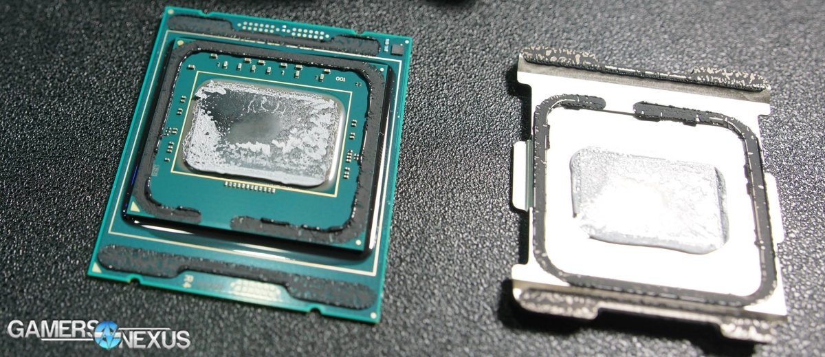 Live Delidding of Intel i9-7900X & New RFID Chip on CPU Package (Ft. Der8auer)